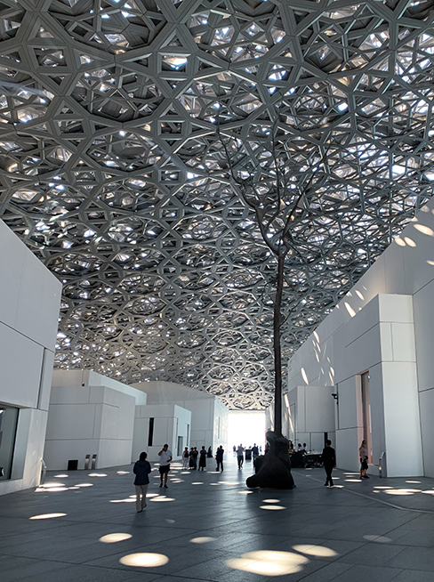 How To Explore the Louvre Abu Dhabi